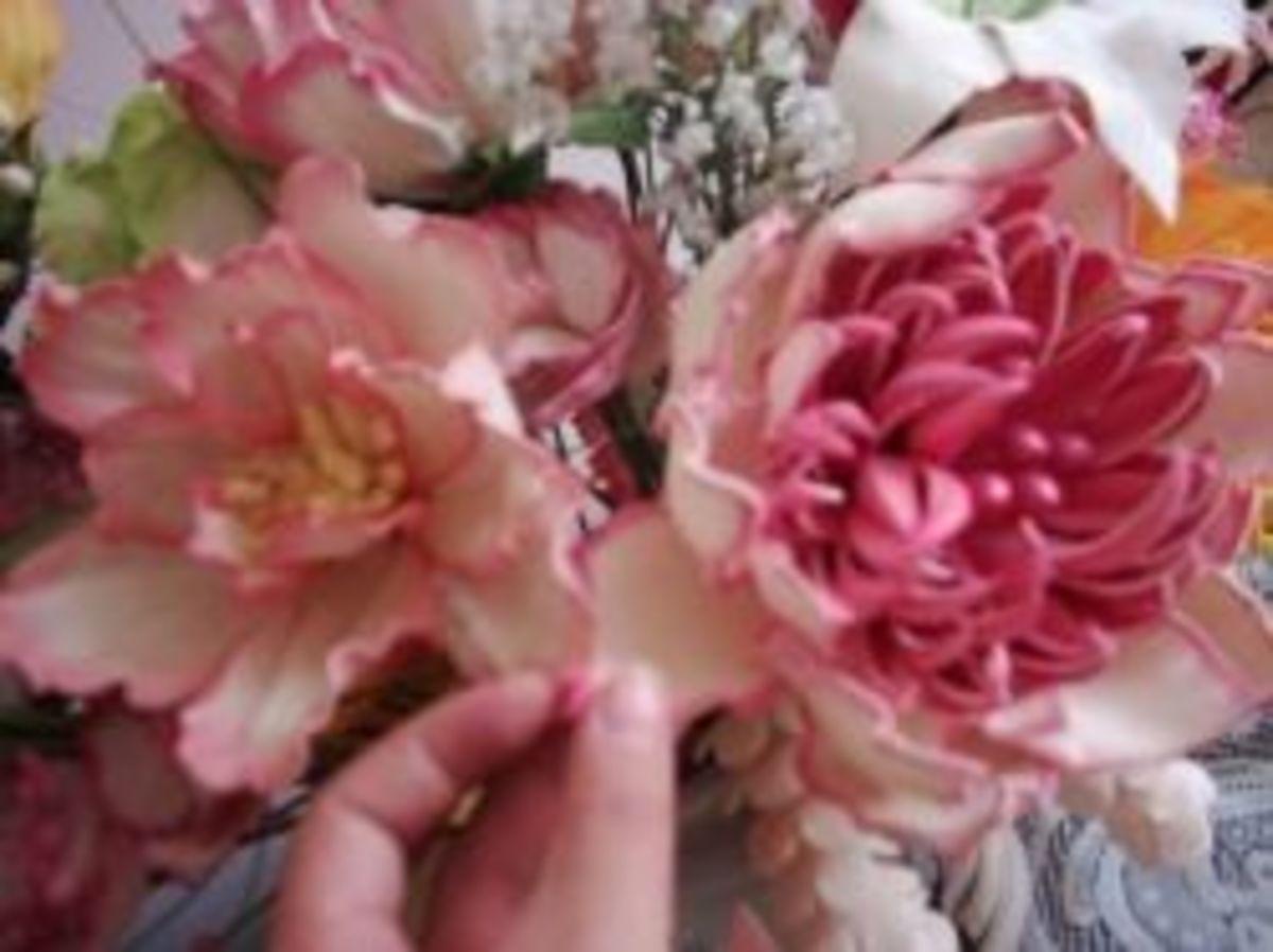 Close-up of the foam petals.