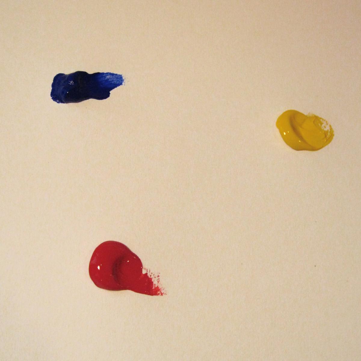 I started with three primary colors: Ultramarine Blue, Naphthol Red Medium, and C.P. Cadmium Yellow Medium.