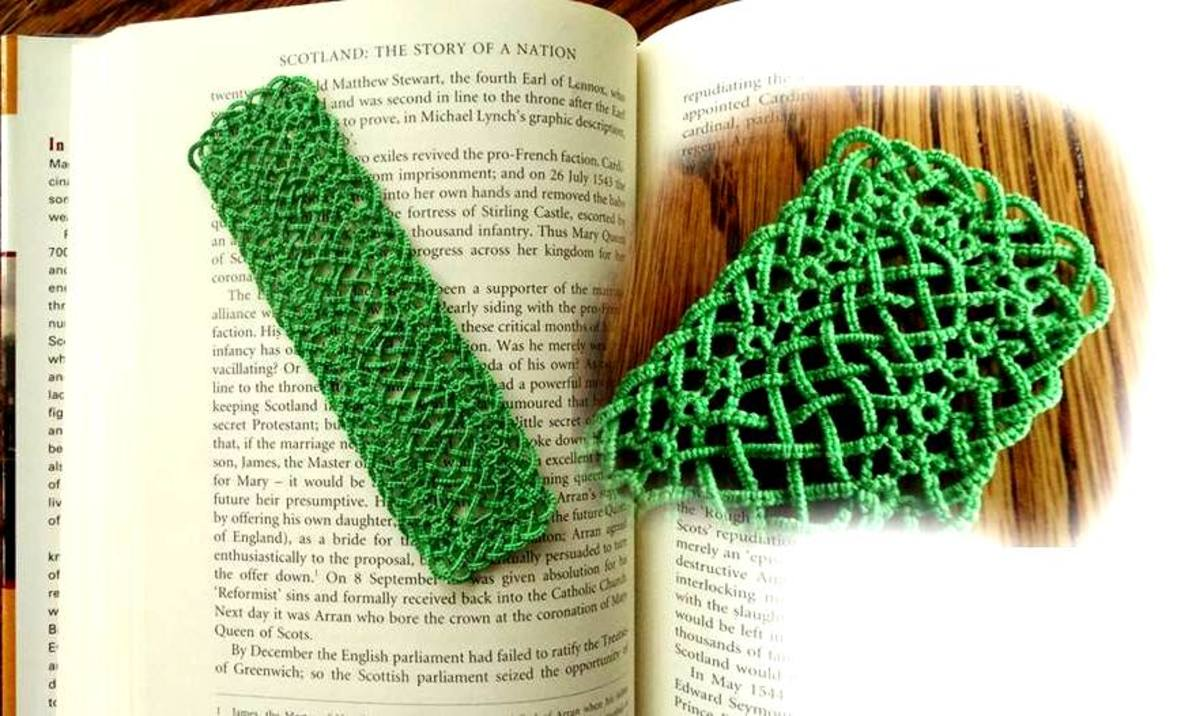 A tatted Celtic bookmark.