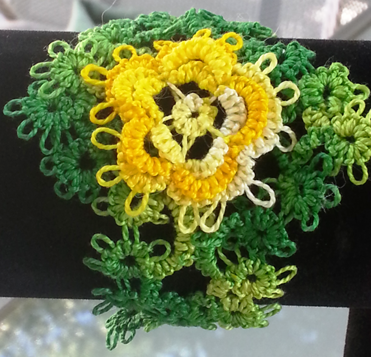 A sample of needle tatting.