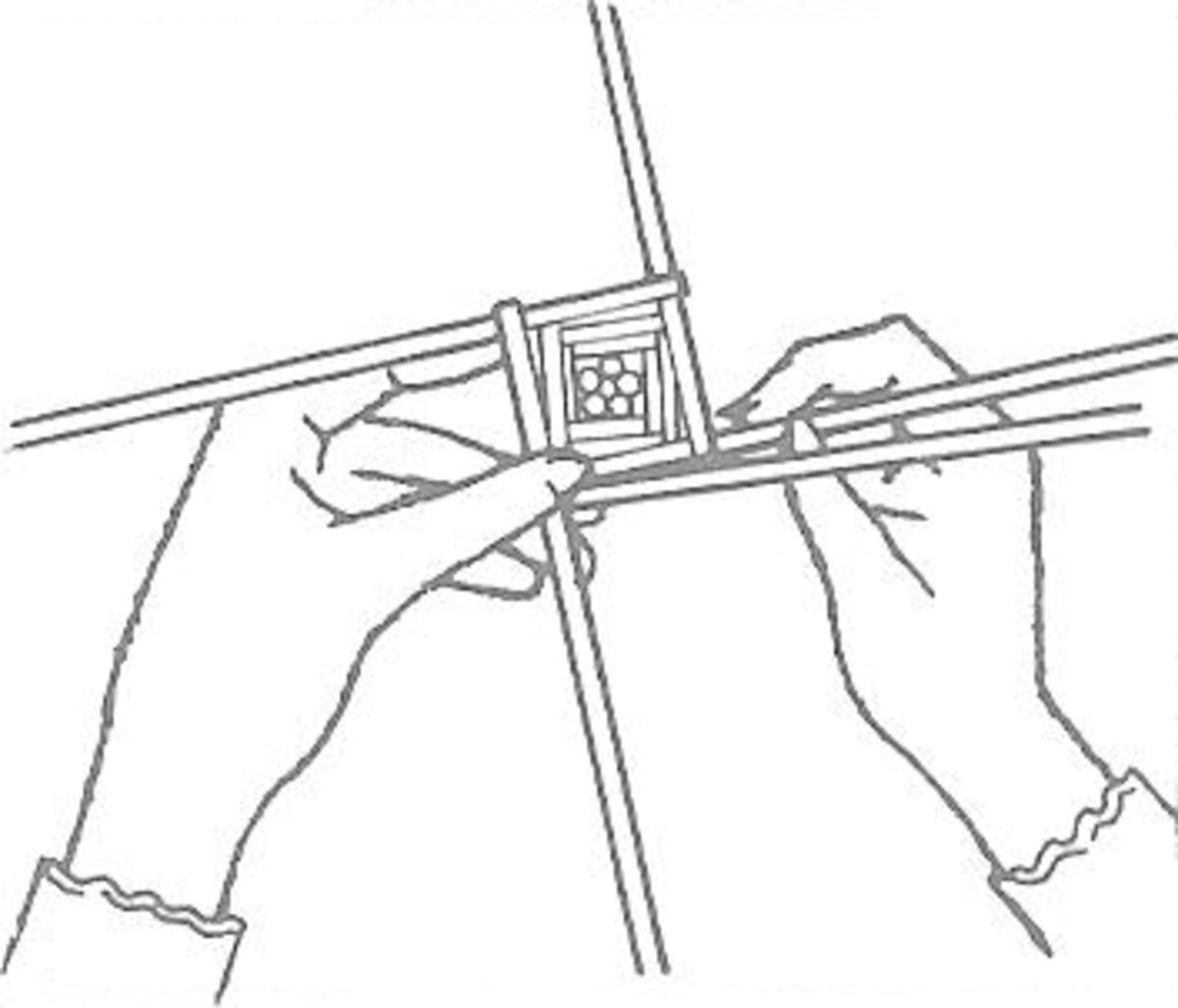 Figure 4: Free Weaving - Widening the Shape