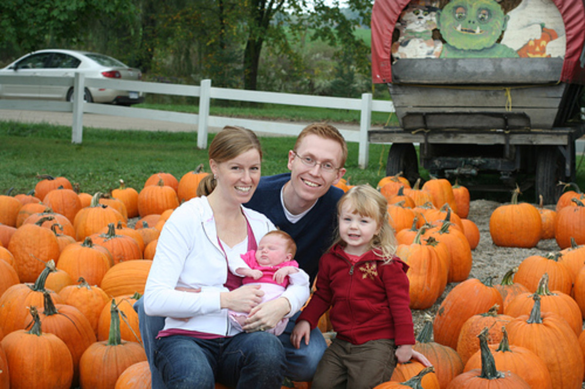 Use a family outing to the apple orchard or pumpkin patch to take some photos.