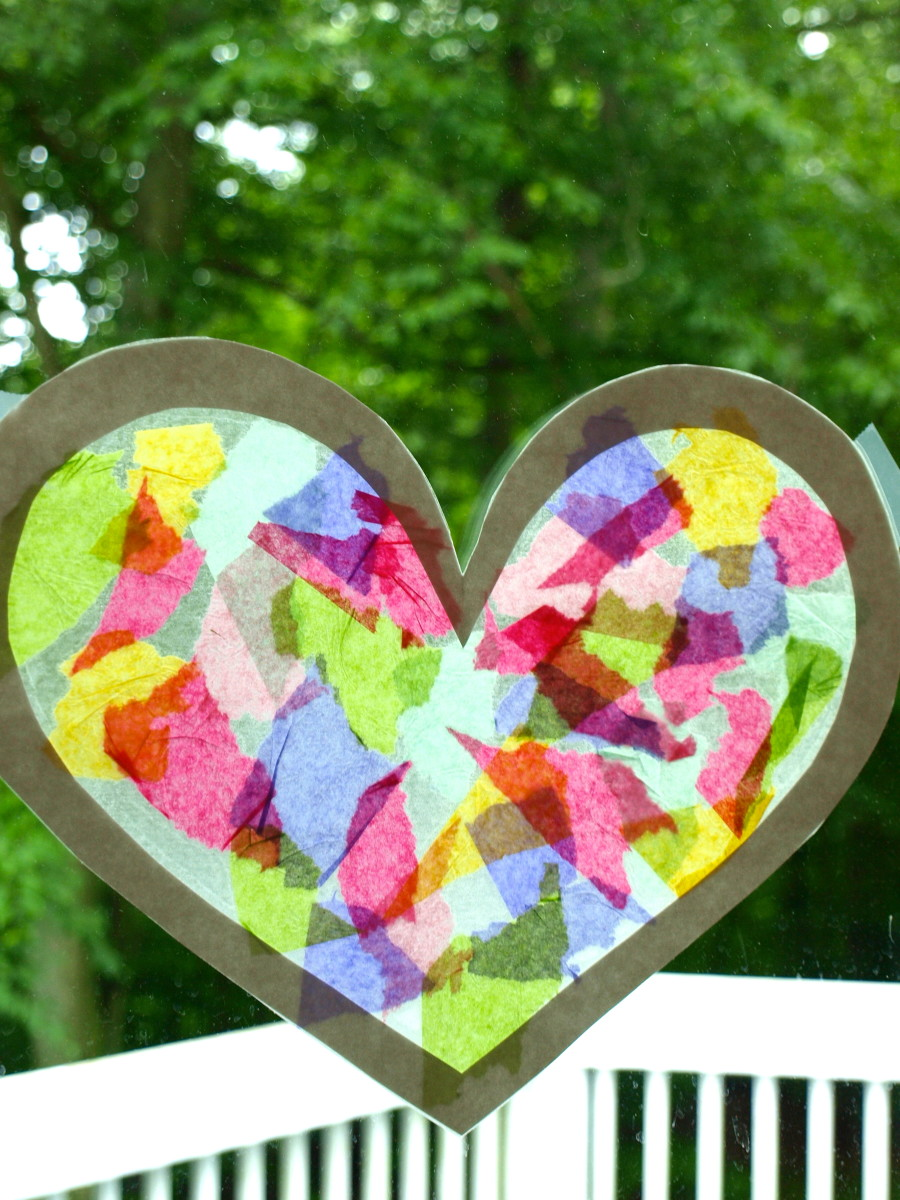 A lovely suncatcher that any toddler can make!