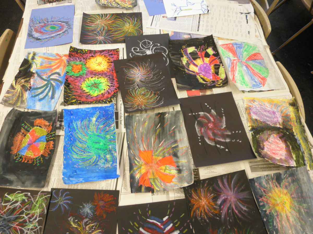 Ideas and art lessons on painting fireworks for Fourth (4th) of July or any other patriotic holiday. Step by step instructions with Dorsi Diaz