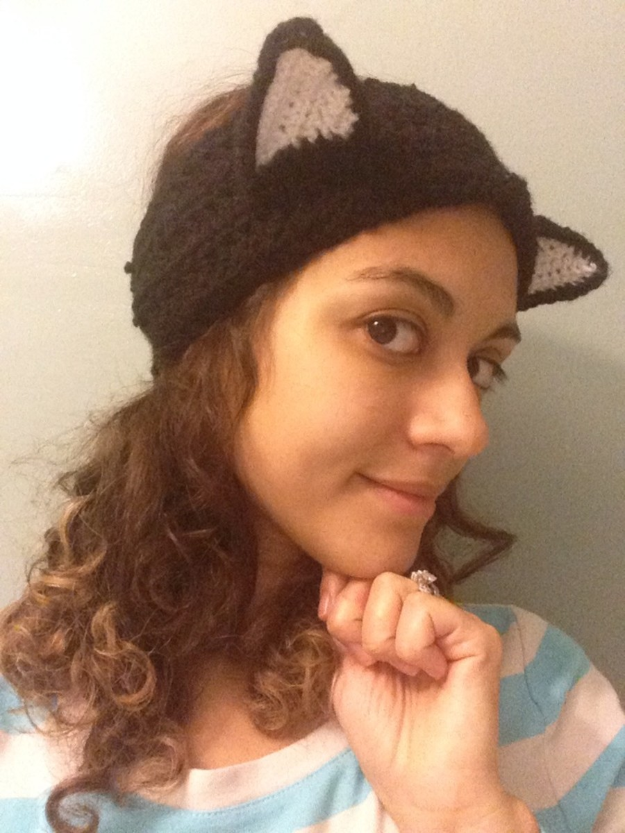 Finished crochet headband with cat ears
