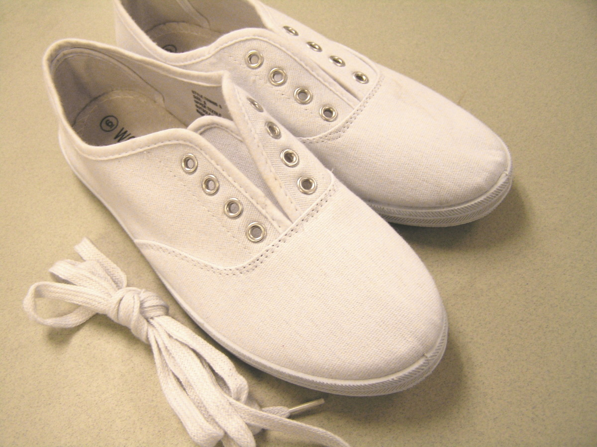 4e344edbb5b54c DIY Crafts  Painted Canvas Shoes