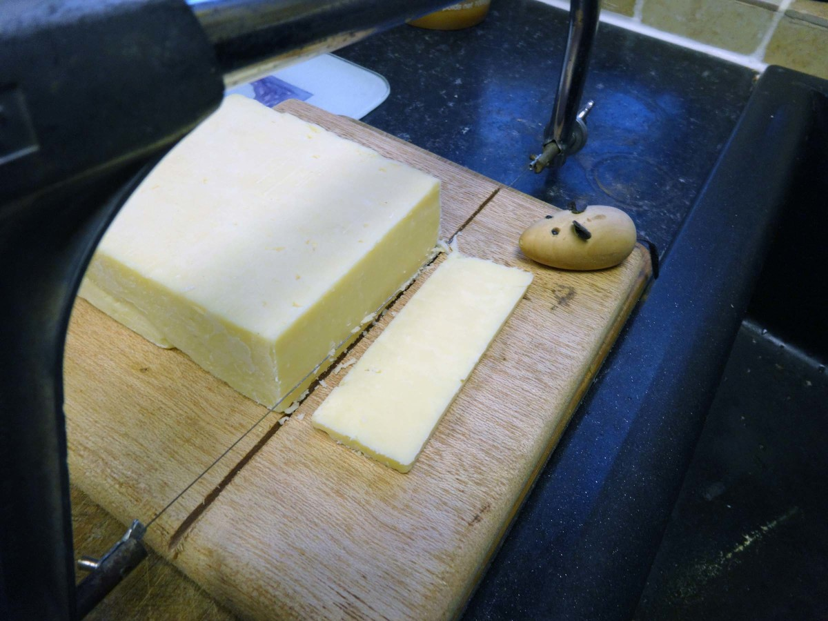 Testing the new cheese cutter and cheeseboard.