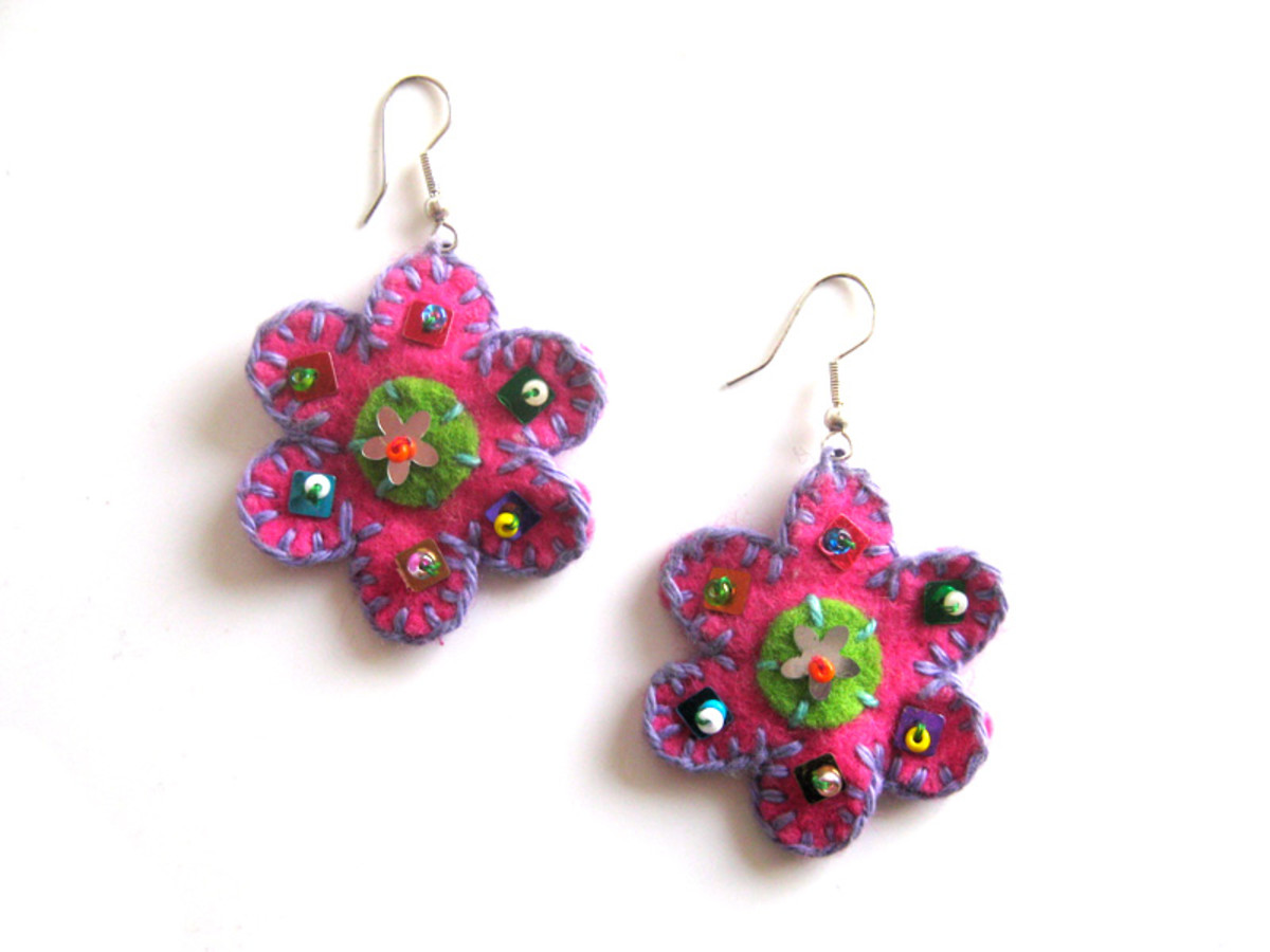 Felt flower earrings. Made with the smaller sized pattern and both circles.
