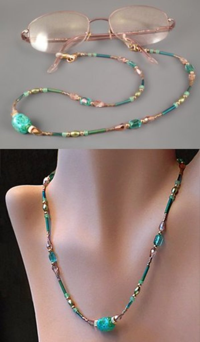 Learn to make a fashionable beaded eyeglasses leash that converts to a necklace in seconds.