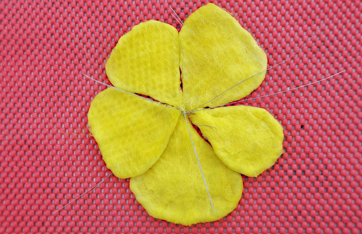 Five Petals ready for the decorative Layer