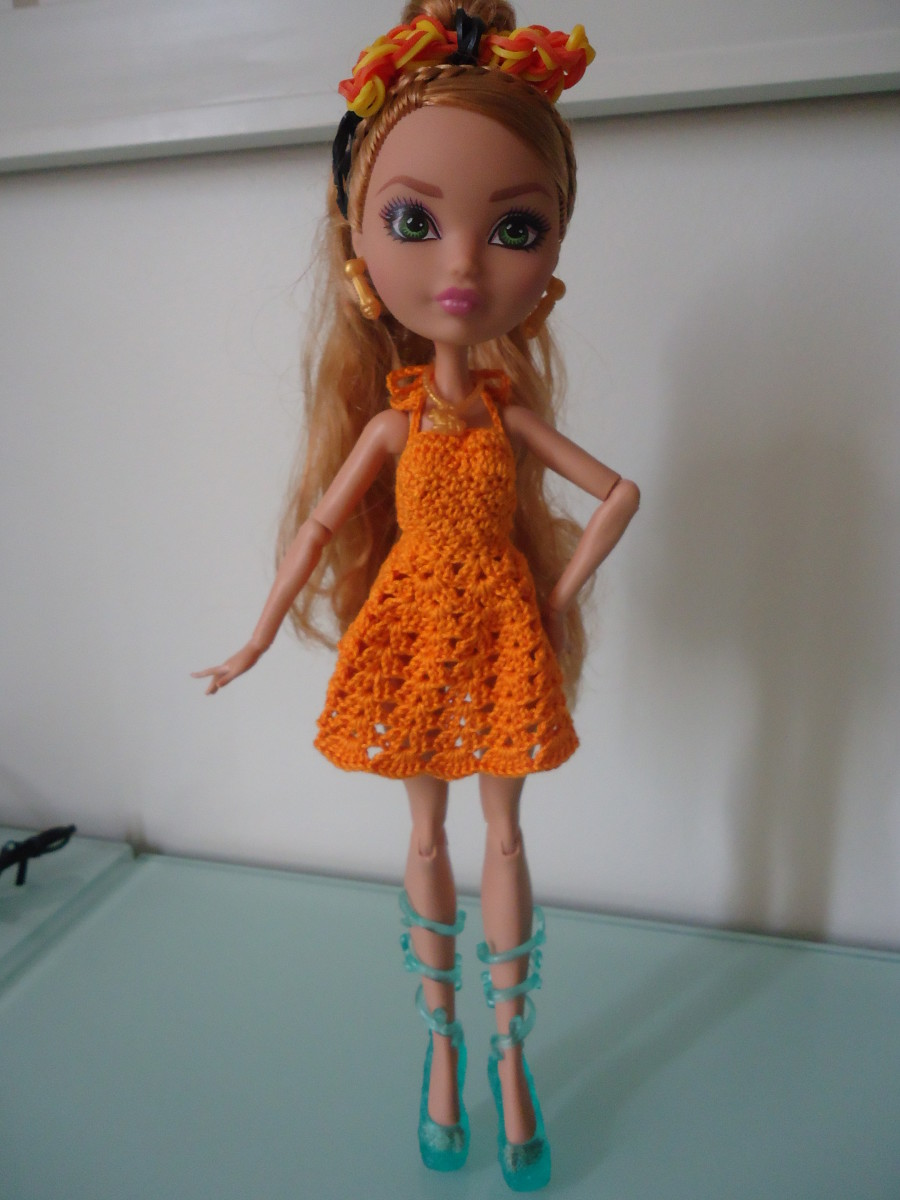 ea70c3df73bfa Ever After High Dolls on Summer Vacation (Free Crochet Pattern ...