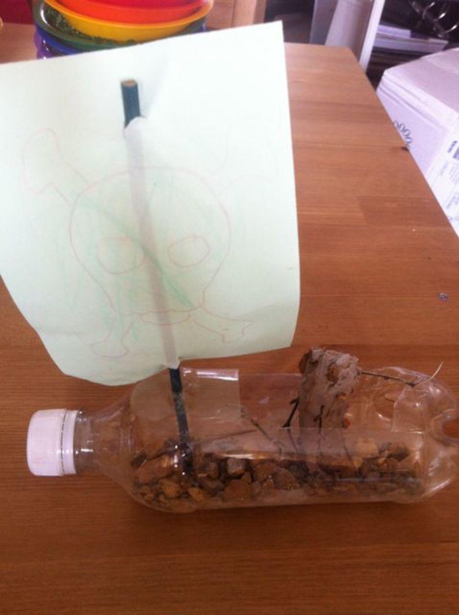 plastic-bottle-crafts-how-to-make-a-bottle-boat