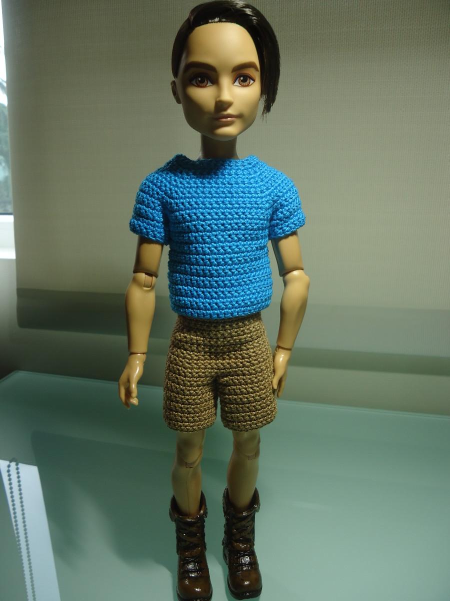Hunter the Huntsman's Plain T-Shirt and Shorts