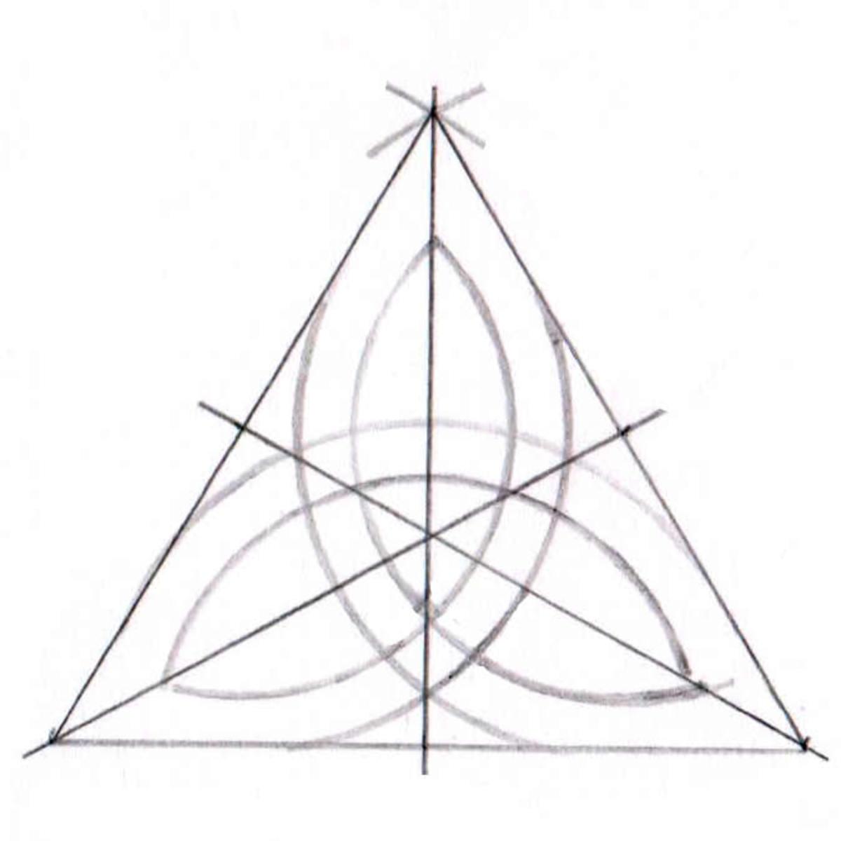 Triquetra tutorial step eight
