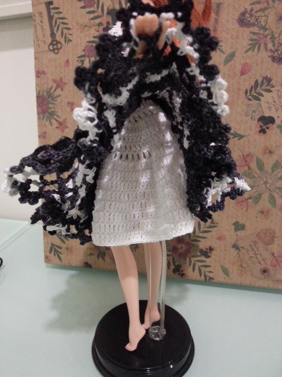 Barbie Doily Cocktail Dress Underskirt
