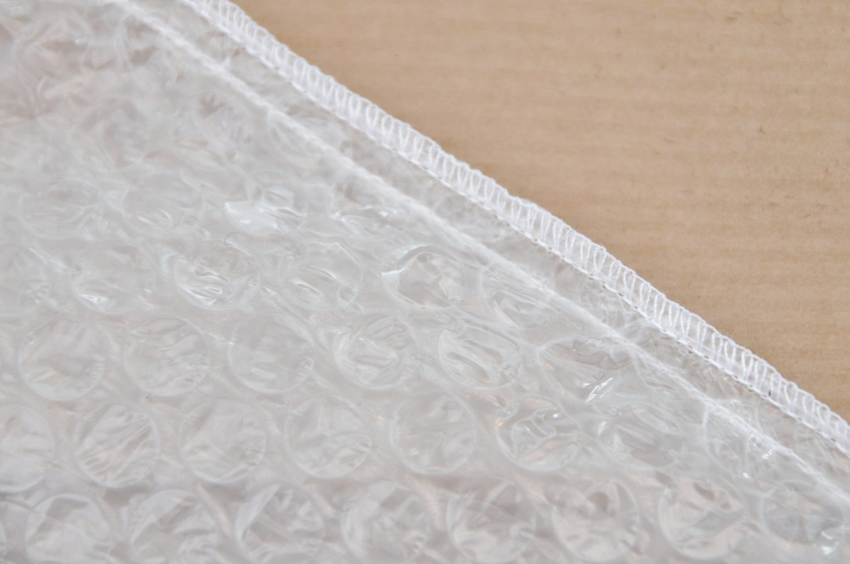 Sew both sides of the bubble-wrap liner