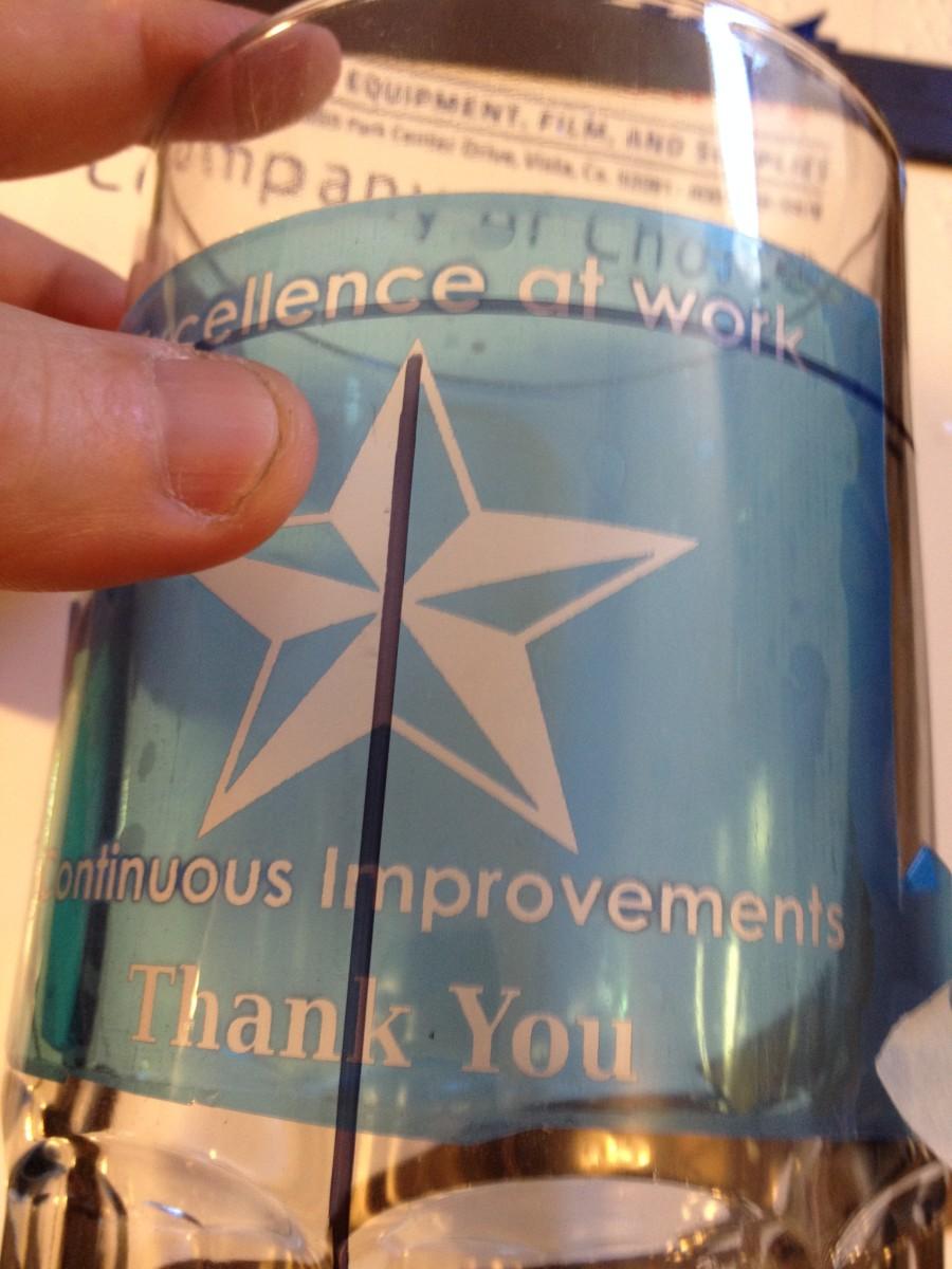 Place SR3000 onto glass mug using alignment marks