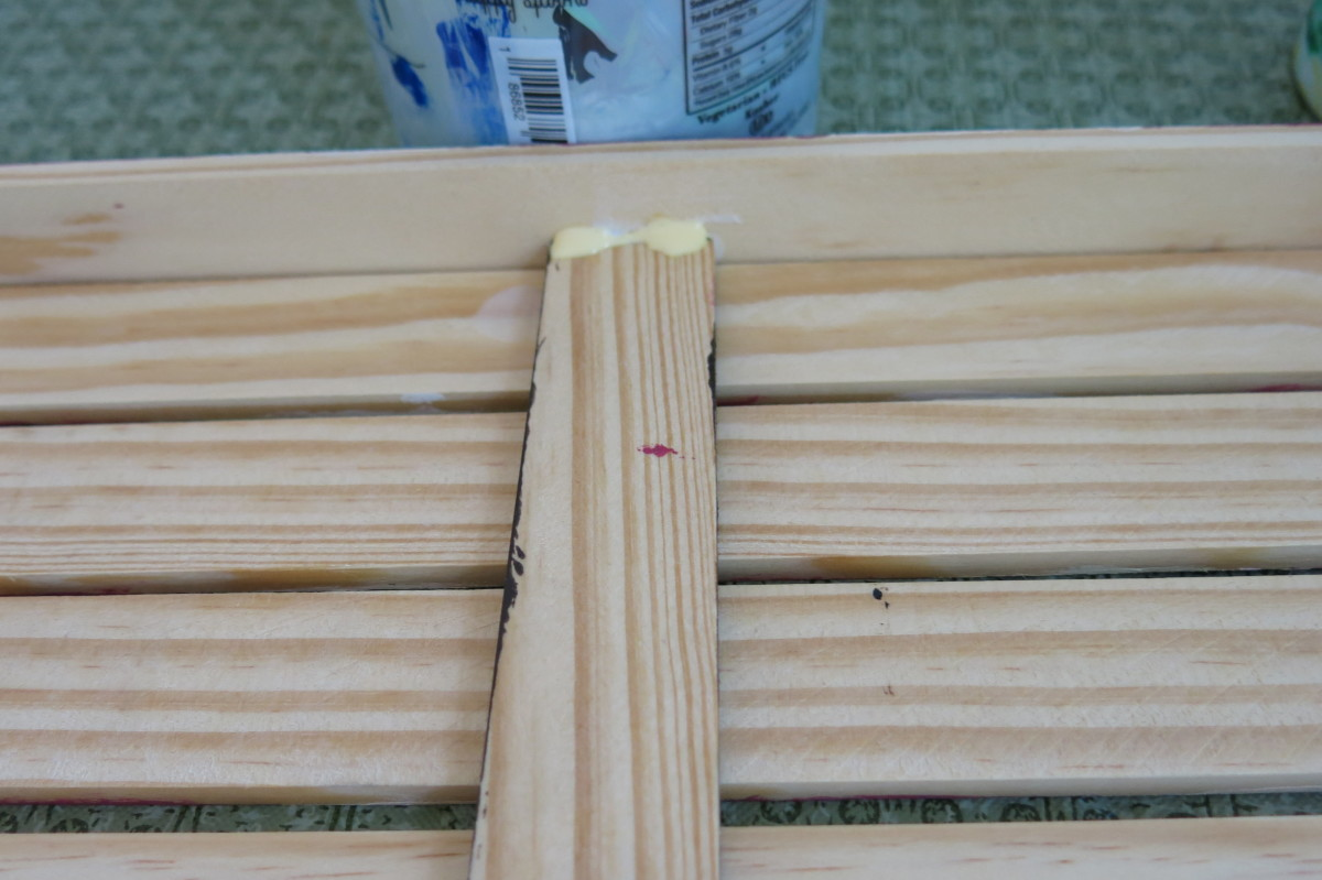 Use wood glue or Liquid Nail to attach side pieces for finished look to your flag sign