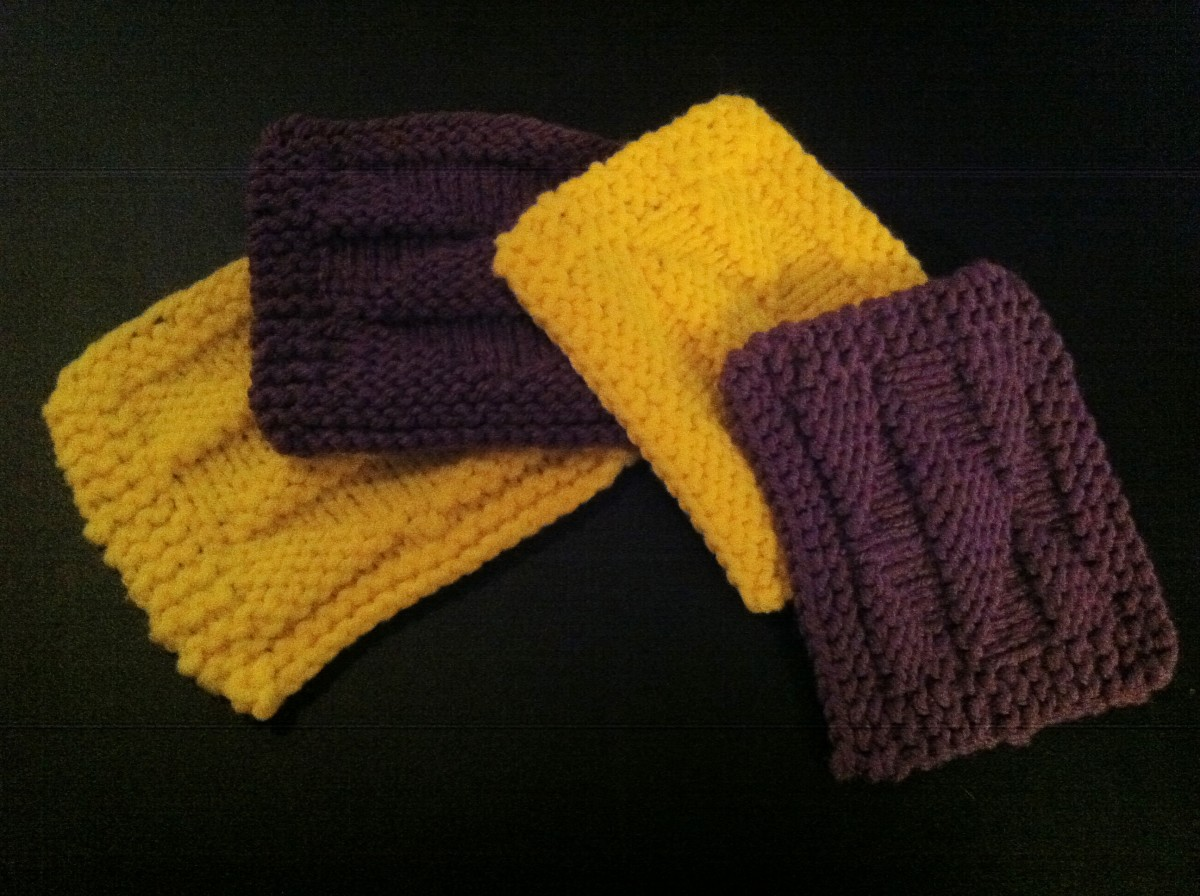 Picture of coasters for this pattern in two different colors for variety. Purple and Yellow are complimentary colors too!