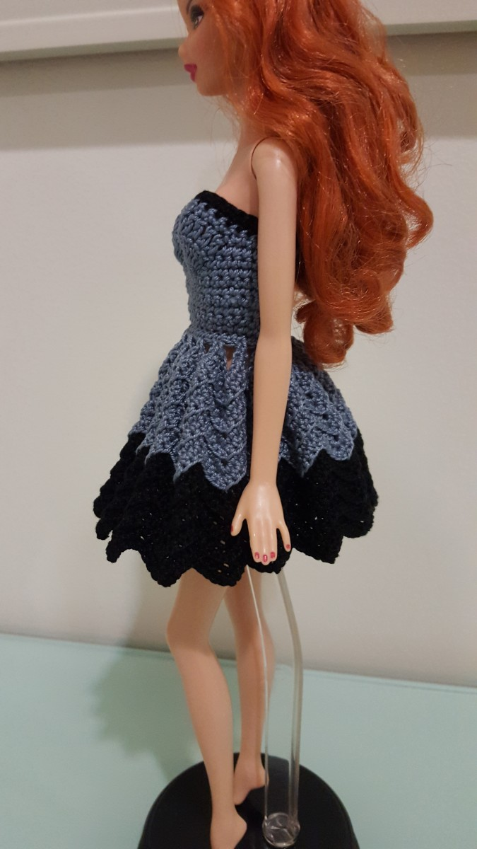 Side view of the Barbie Strapless Chevron Dress