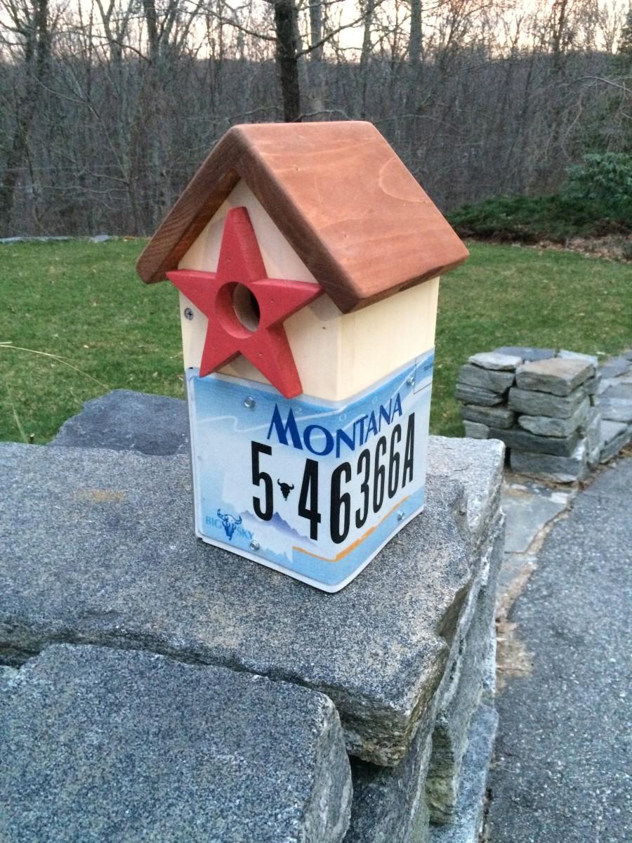 The Bluebird House with Montana's Big Sky motto