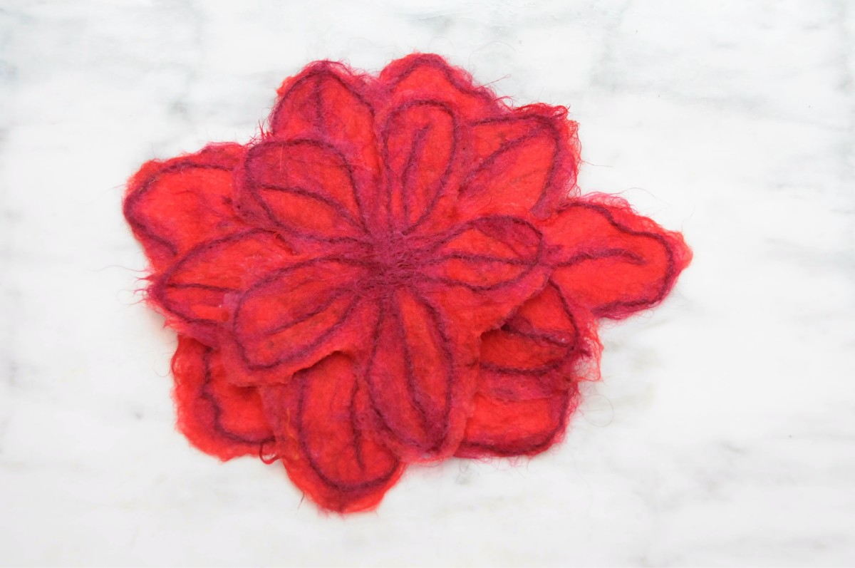 3 Layers of Petals which were graded in size.