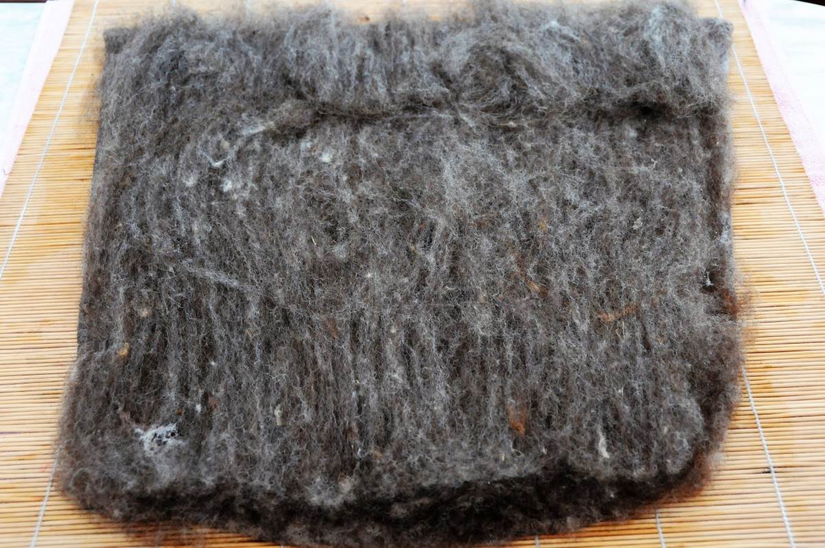 Cover the 2nd side using the Jacobs Wool from either the split Batt or one the same thickness as the first one.