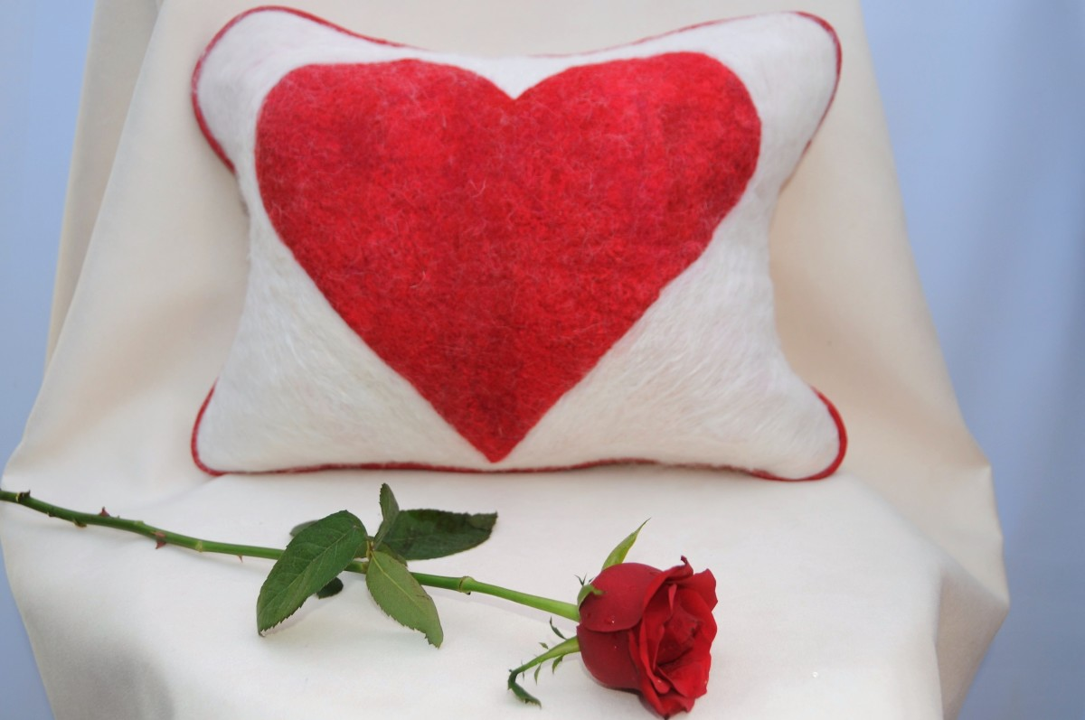 A wet felted heart and a red rose for Valentine's Day.