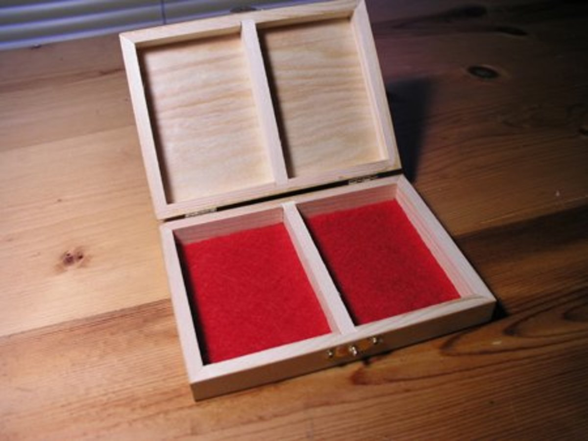 Red felt is a good finishing touch.