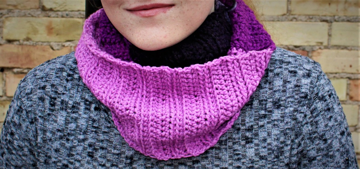 Ribbed Infinity Scarf Crochet Pattern