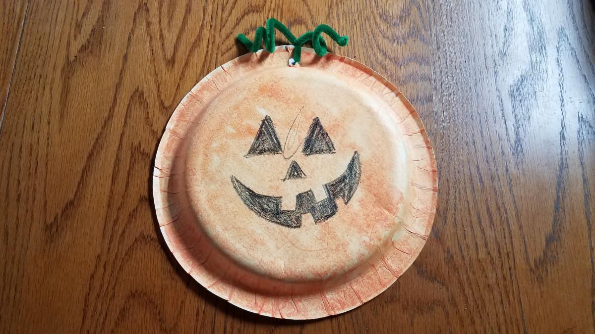 Paper Plate Pumpkins