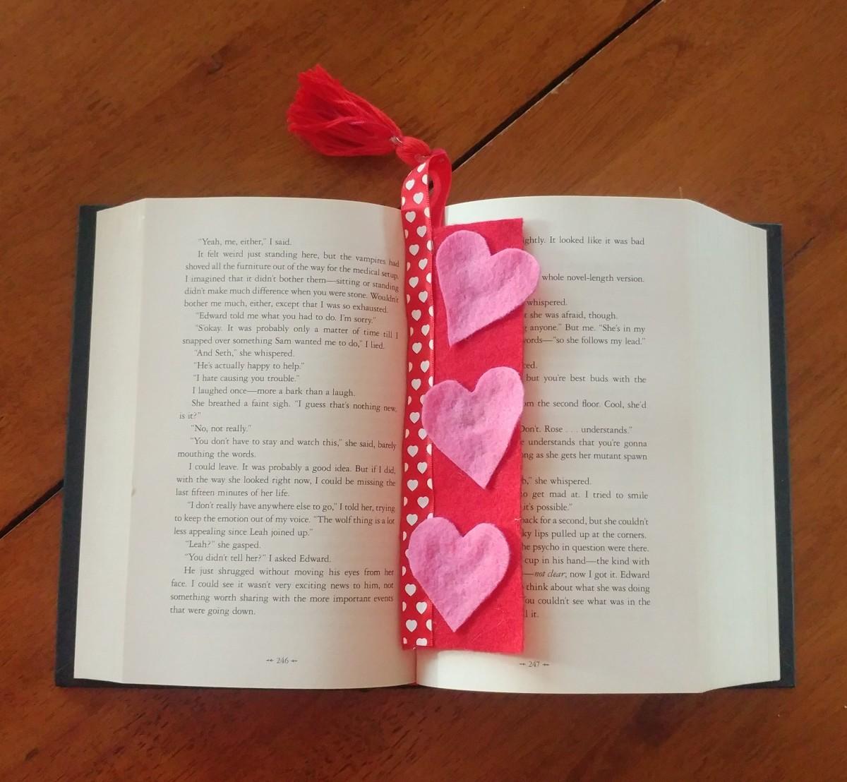 Valentine's Day bookmark!
