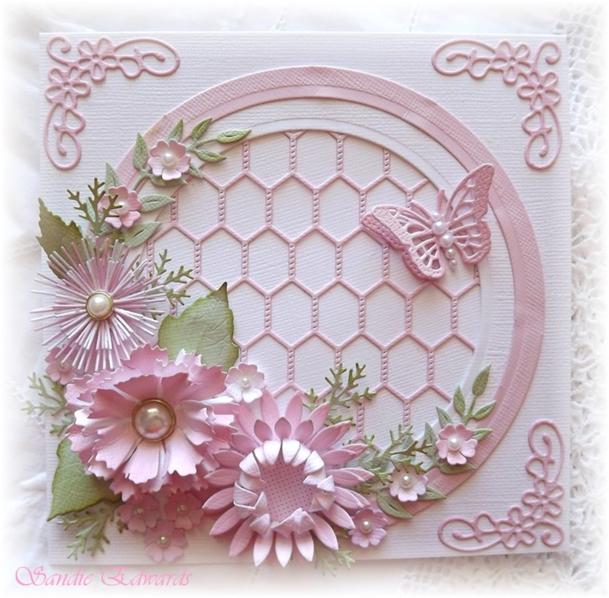 Flowers made with dies are such a rewarding craft. You can use them on cards, scrapbook pages and stand alone flowers.