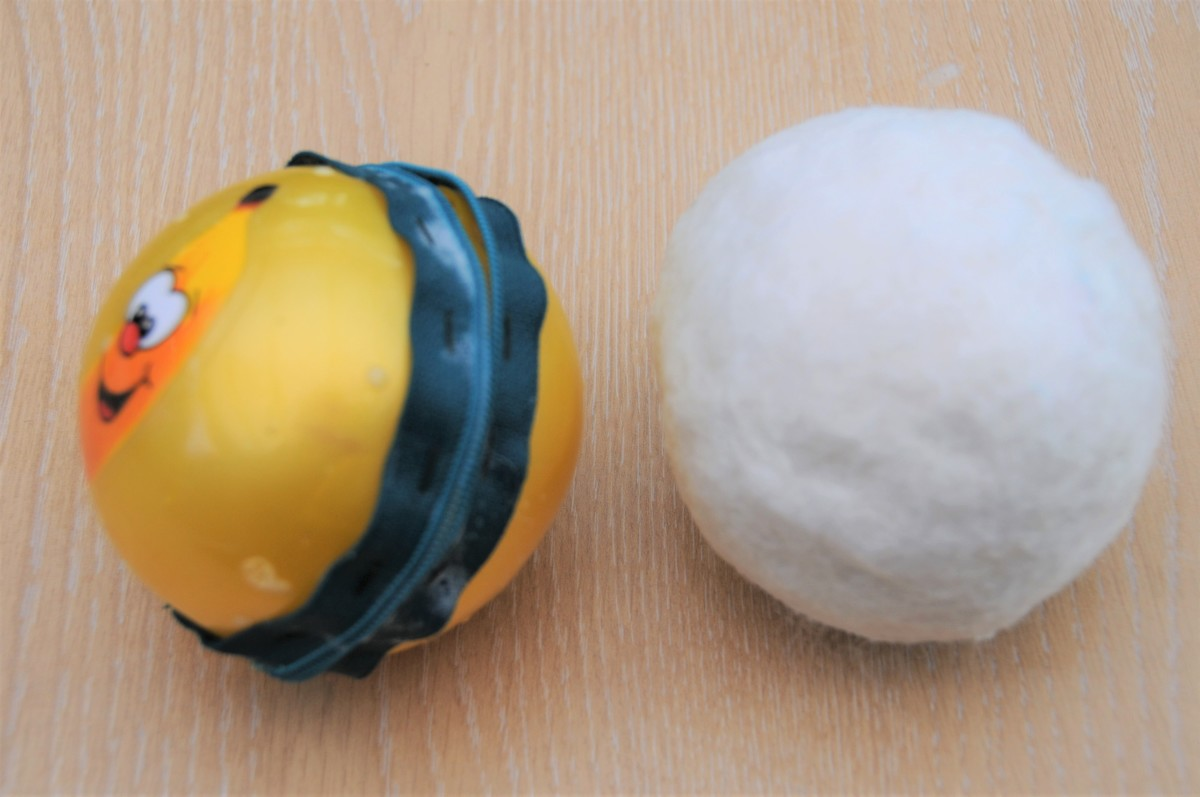 The prepared ball after it has been rolled on a folded towel.