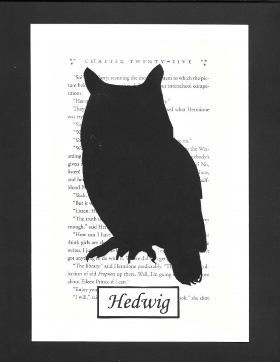 Here's another one that's simple to cut: Harry's owl, Hedwig.