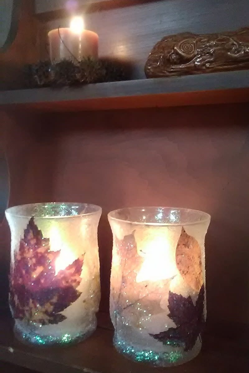 How to Make a DIY Autumn Leaf Candle Holder
