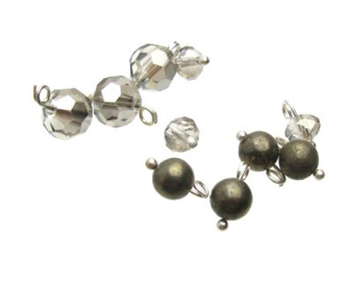 Make 8-10 dangles for each earring