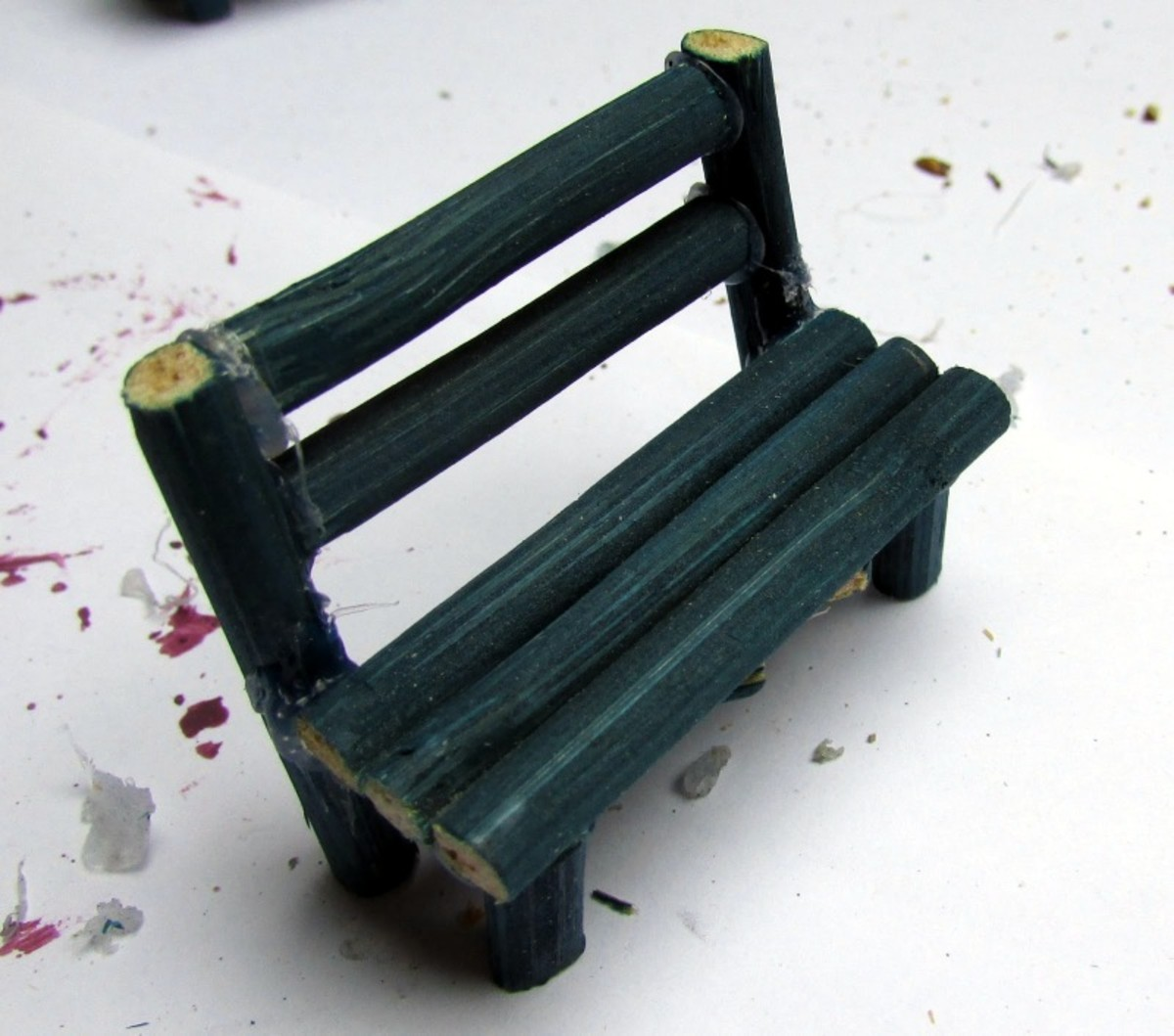 How to make a miniature bench for a fairy garden