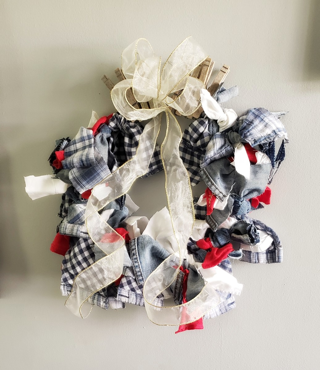 Fluff your wreath and display it in your home.