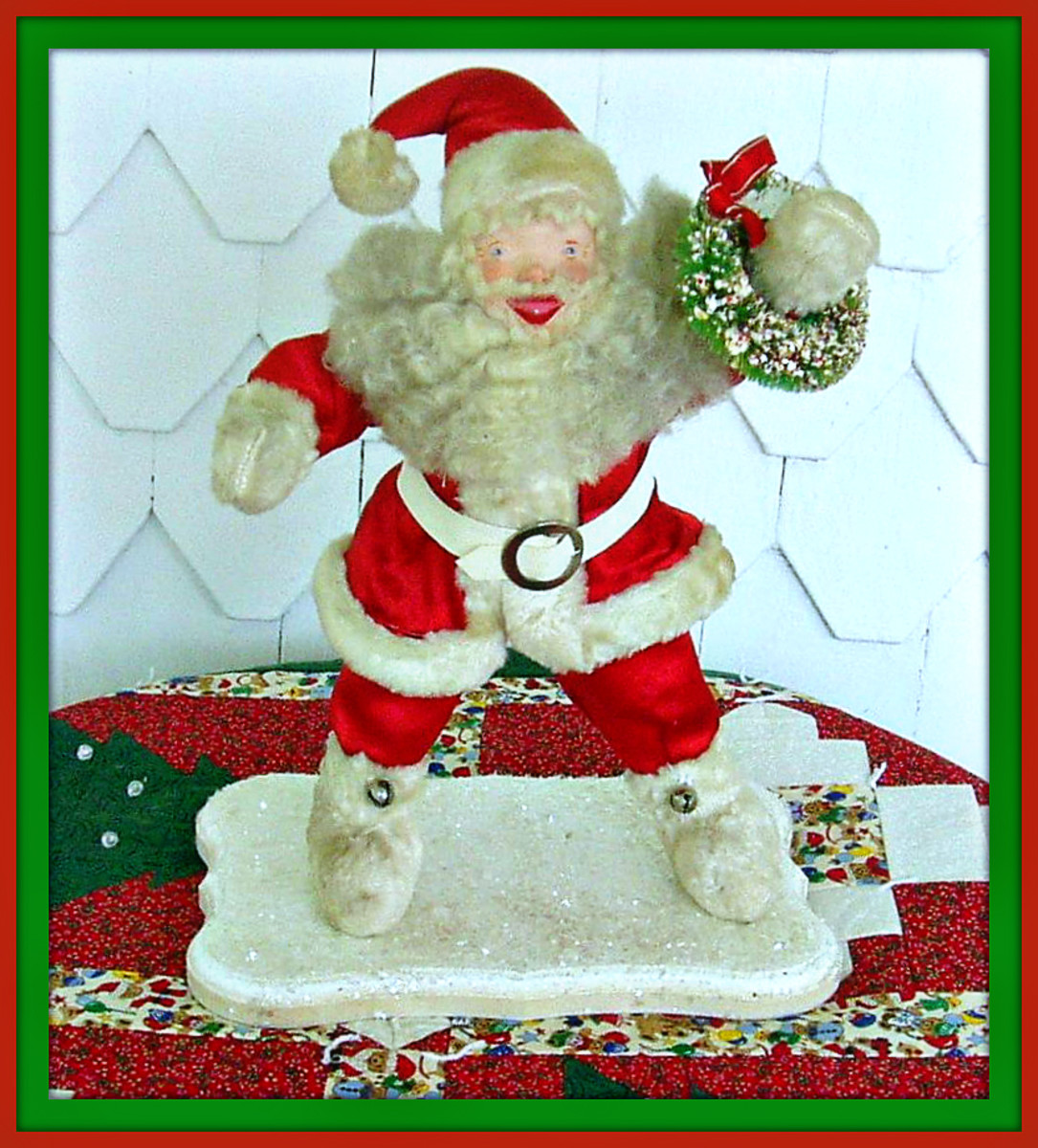 lBonnie Groves‎ latest Howard Gale Santa. Dressed in Satin not velvet. All original. Bonnie made the stand. He had lost his.