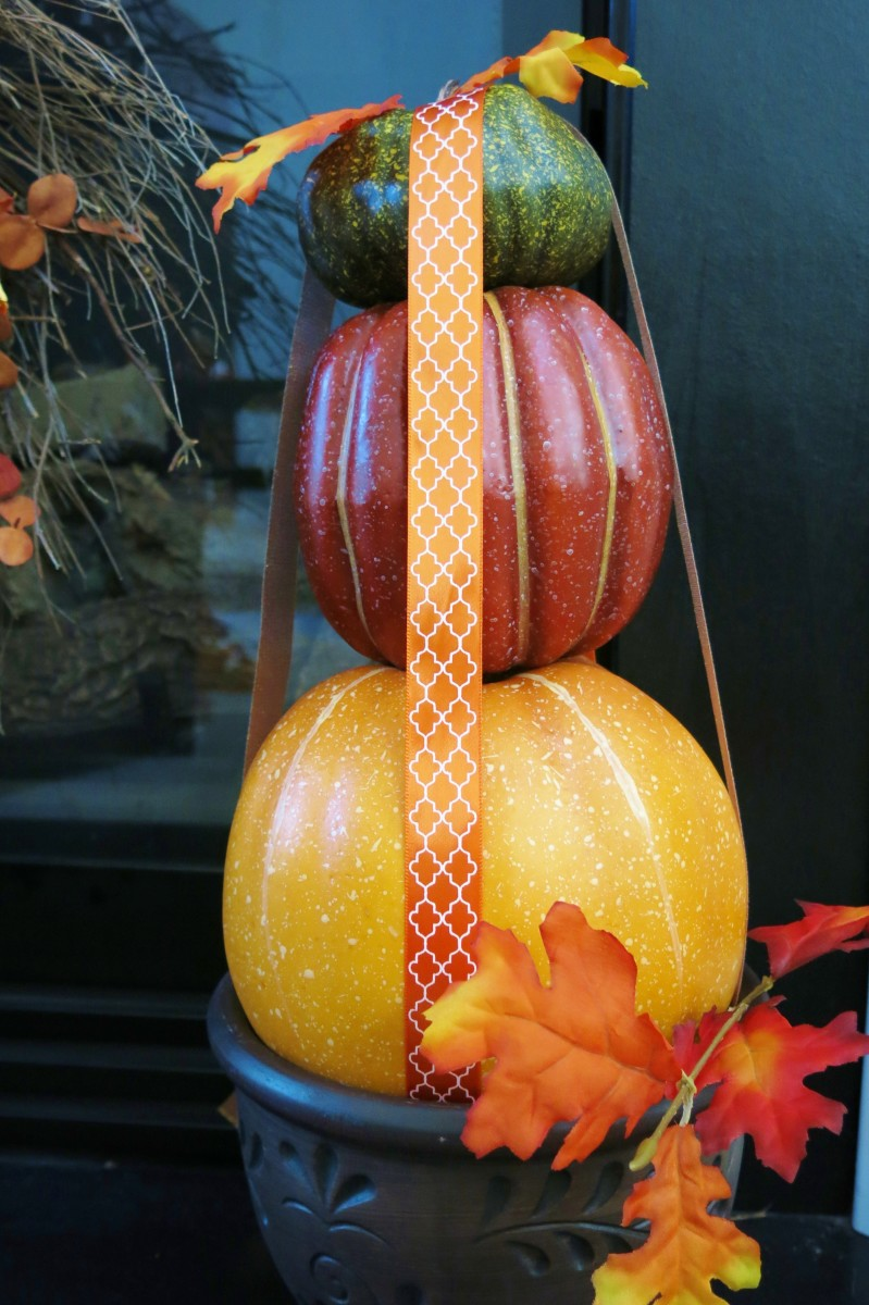 Building Your Stacked Pumpkin Topiary