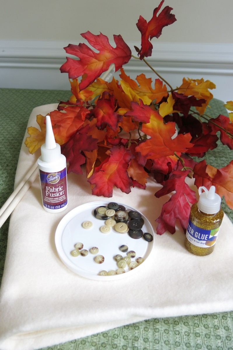 Materials for Making a No-Sew Fall Leaves Banner