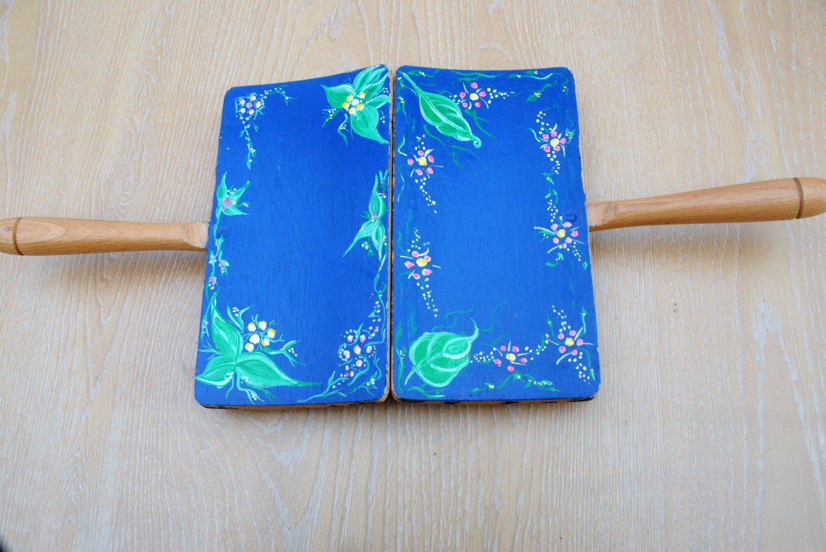 Hand painted wool carders