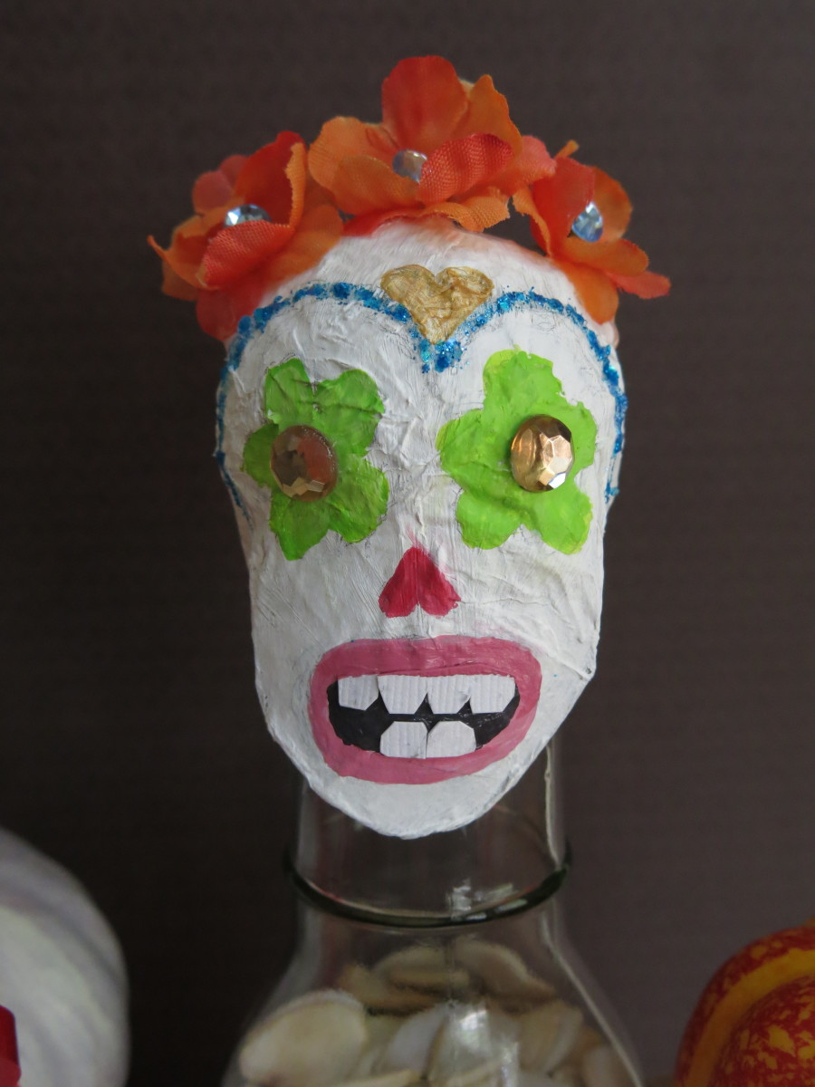 diy-pumpkin-or-sugar-skull-halloween-treat-jar