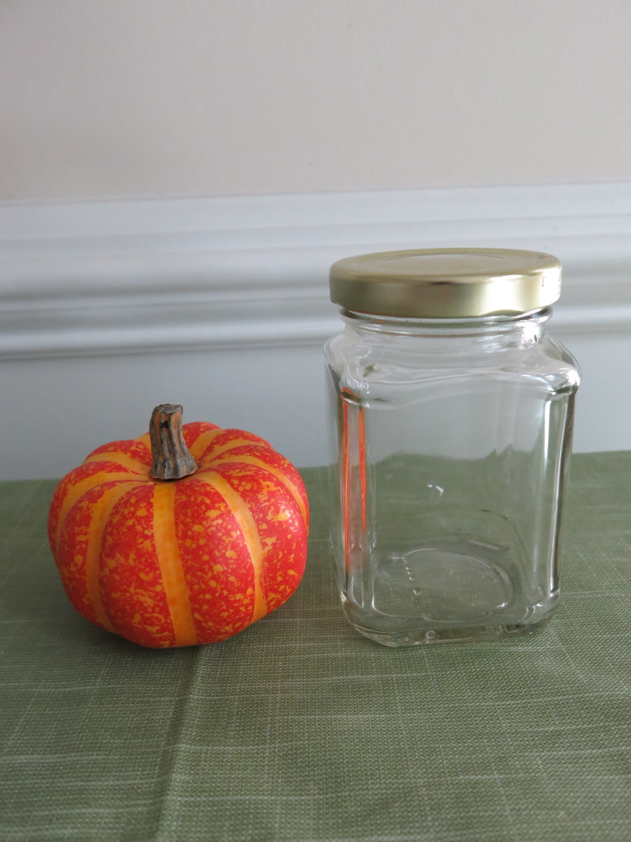 diy-pumpkin-or-sugar-skull-halloween-treat-jar
