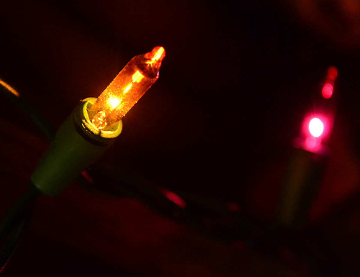 Be aware there may be burnt out bulbs in a string of lights you purchase second-hand.