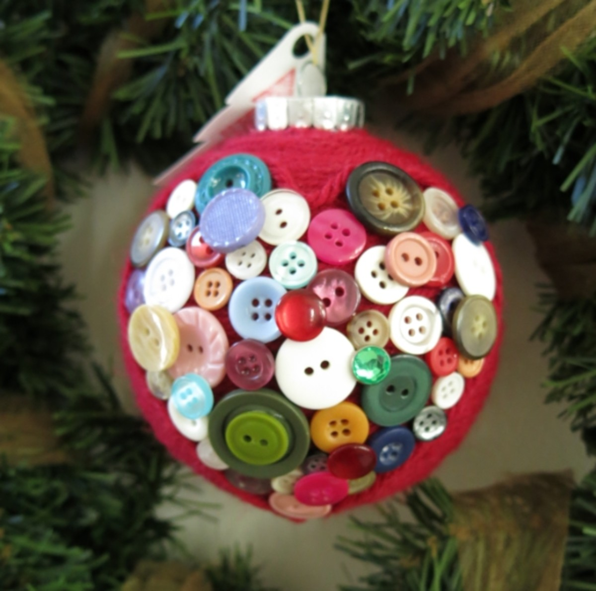 DIY Yarn and Button Christmas Ornament