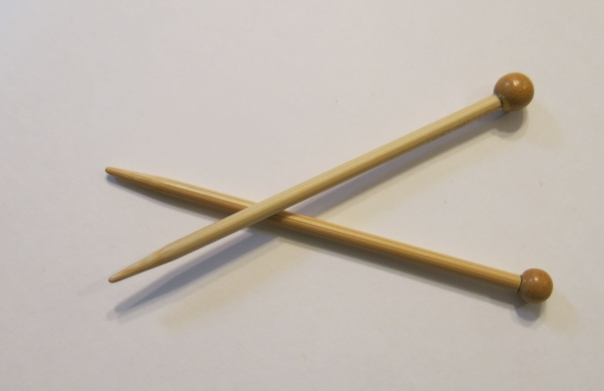 small knittting needles for Christmas decoration