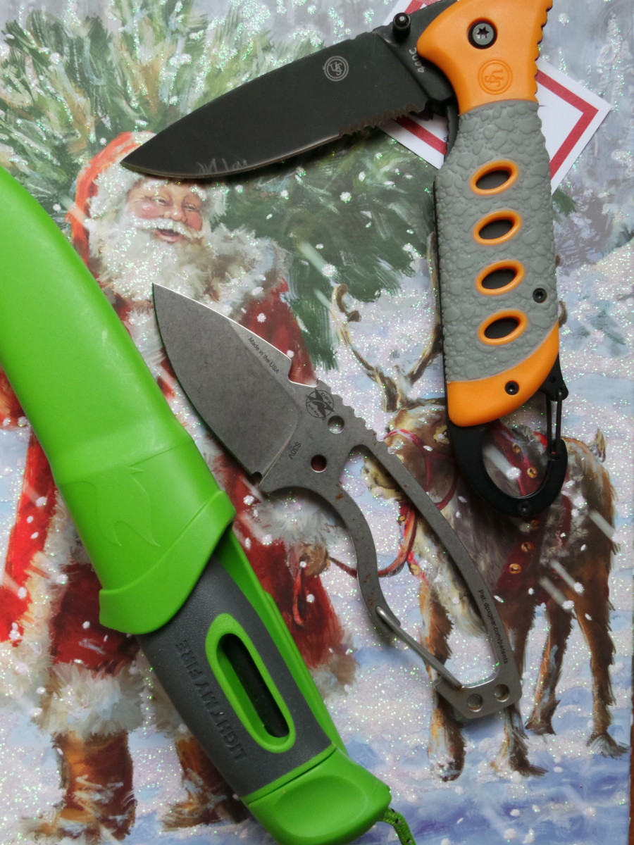 A knife makes a fantastic gift for a hiker.