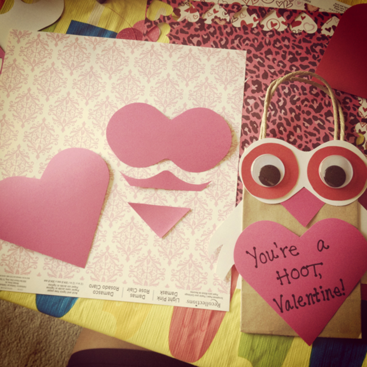 Turn a diecut cardstock heart into a beak and eyeballs with a few quick snips!